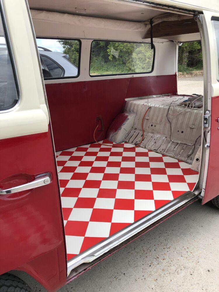 VW T2 vinyl floor fitting