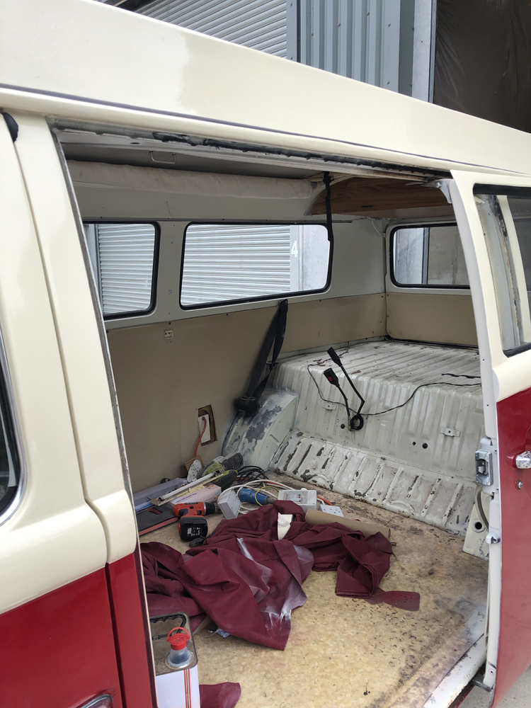 VW T2 Camper middle painted
