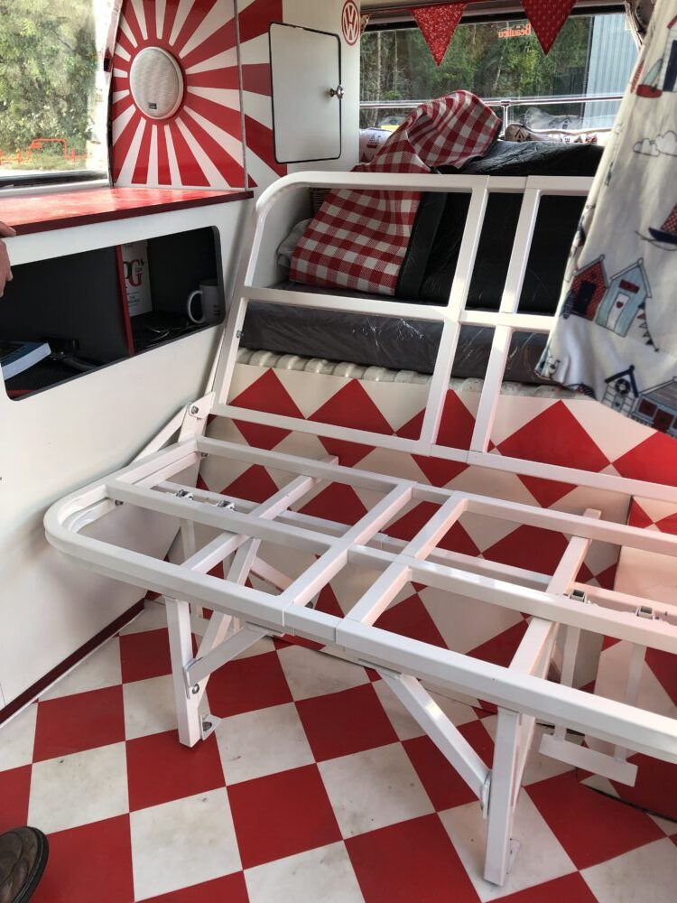 VW T2 Camper rock n roll bed