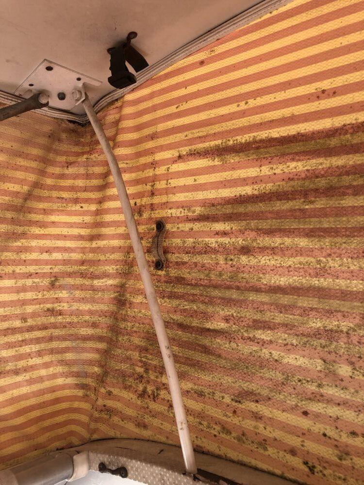 VW T2 Camper inside roof clean