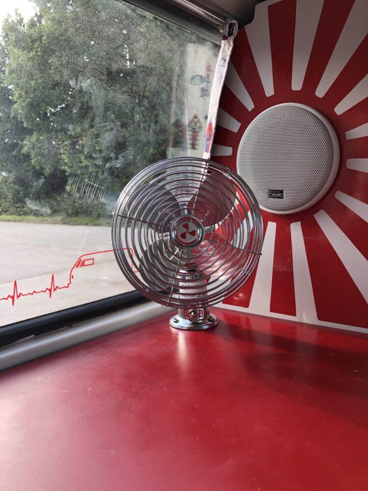 VW T2 Camper fan